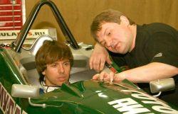 Андрей Губин опробовал себя в роли пилота гоночного автомобиля.